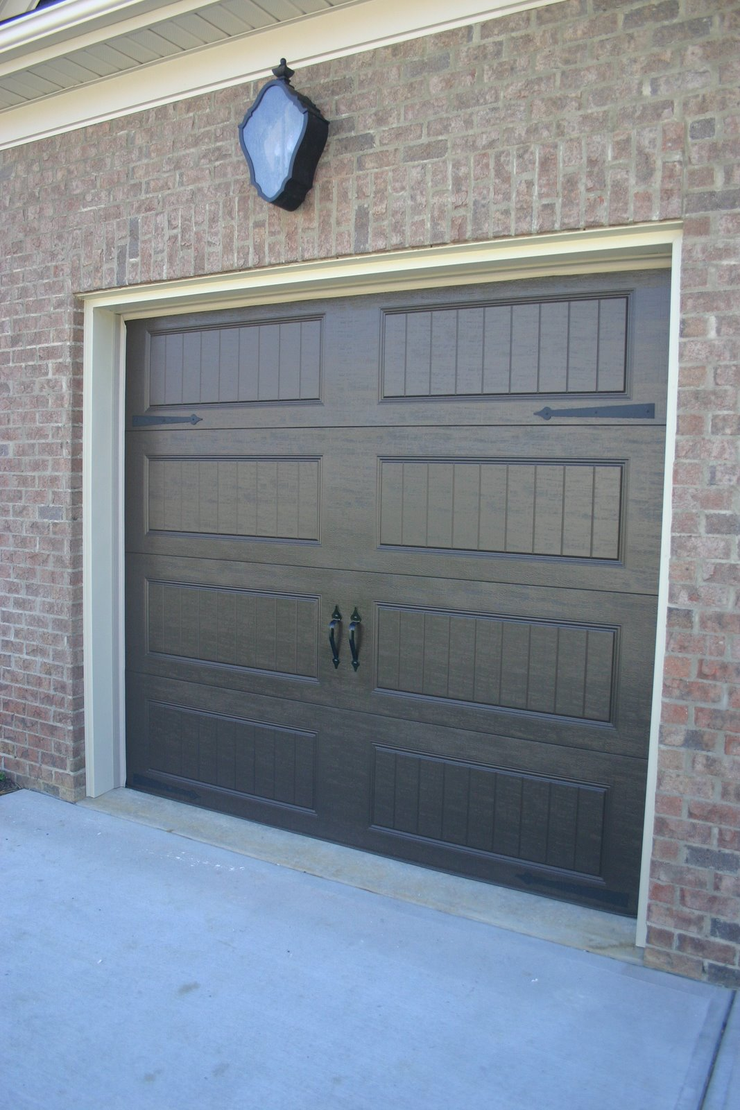 Photos features sheffingdell southpark charlotte nc for Standard garage door opening